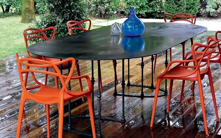 decoracion-de-exteriores-jardin-muebles-diseno-Philippe-Starck