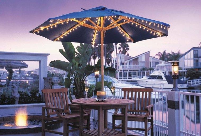decoracion jardin-mesa-sombrilla