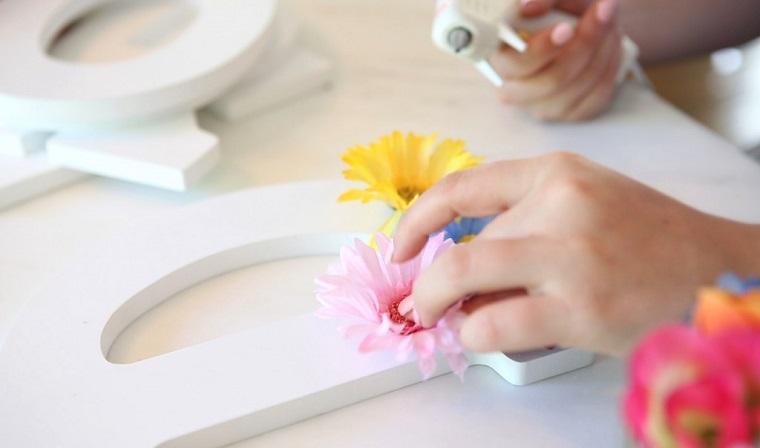decoraciones para casas flores-pegamento-letras