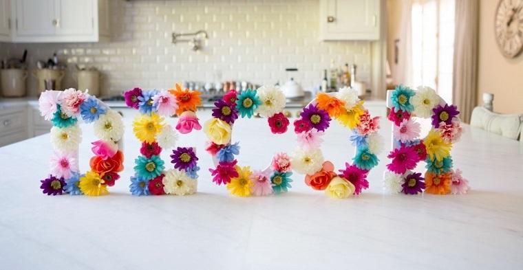 decoraciones-para-casas-letras-flores-ideas
