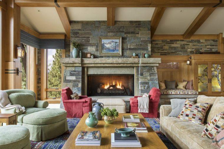 decoraciones-rusticas-de-interiores-de-casas-brown-design-group-sala-estar