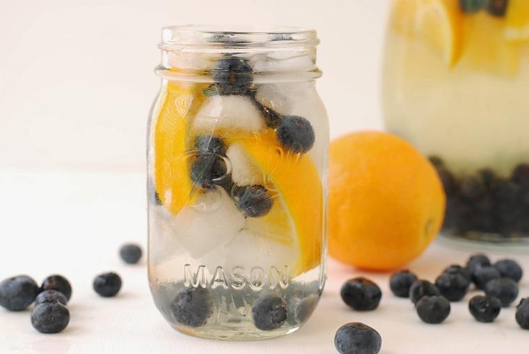 dieta para adelgazar-recetas-agua-arrandano-naranja