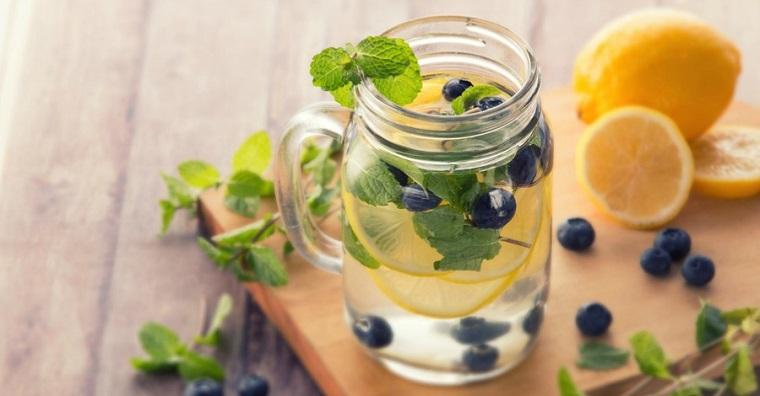 dieta-para-adelgazar-recetas-agua-infusionada-opciones