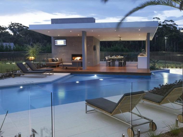 diseno-de-cocinas-modernas-piscina-jardin-amplio
