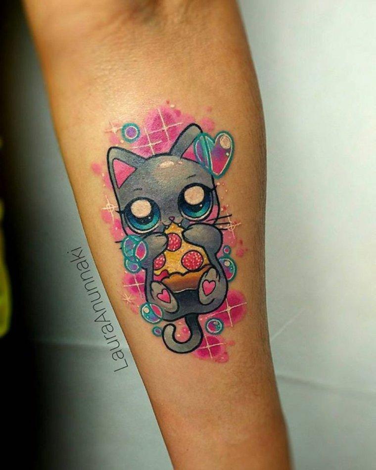 Tatuajes estilo kawaii de Laura Annunaki