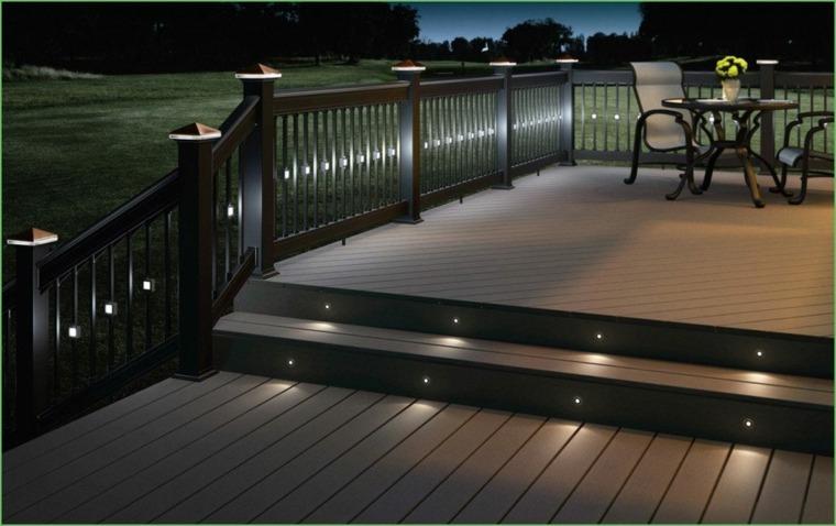 iluminacion exterior-lamparas-escaleras-jardin