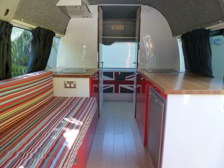 interior-de-motorhome-moderno
