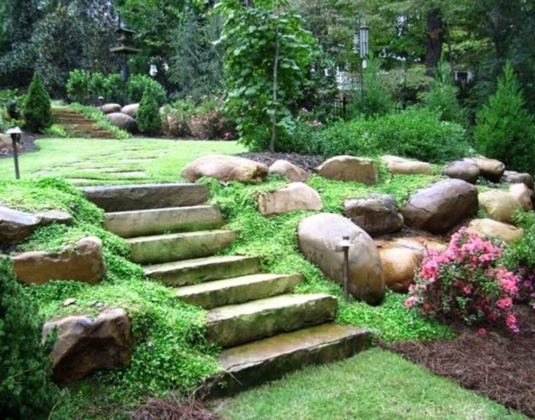 jardines con piedras escalera