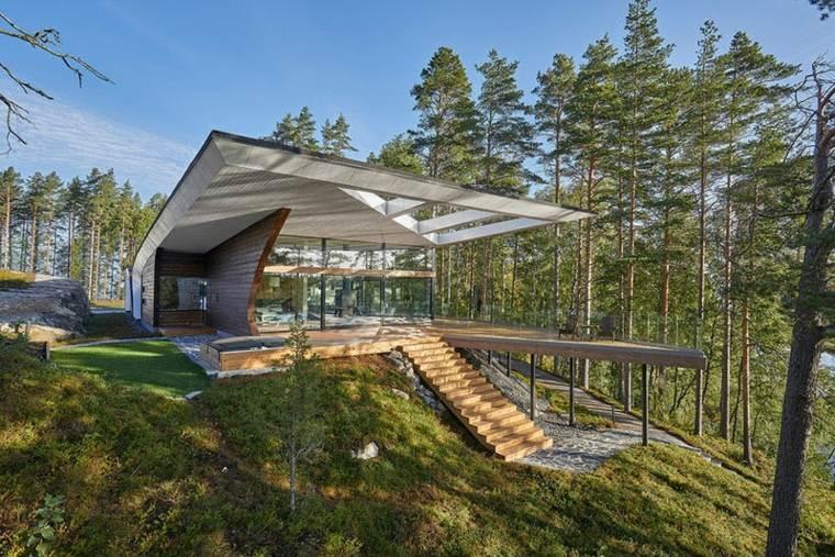 la arquitectura bosque rodeando casa