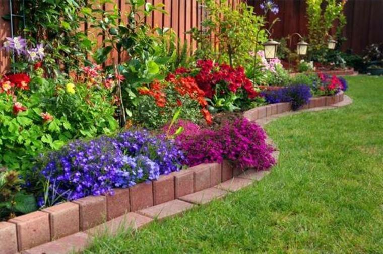 delimitar jardines con adoquines