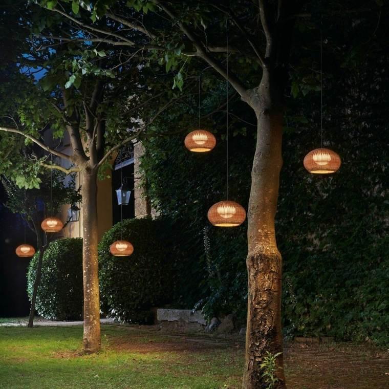 lamparas de techo-modernas-decorar-jardines