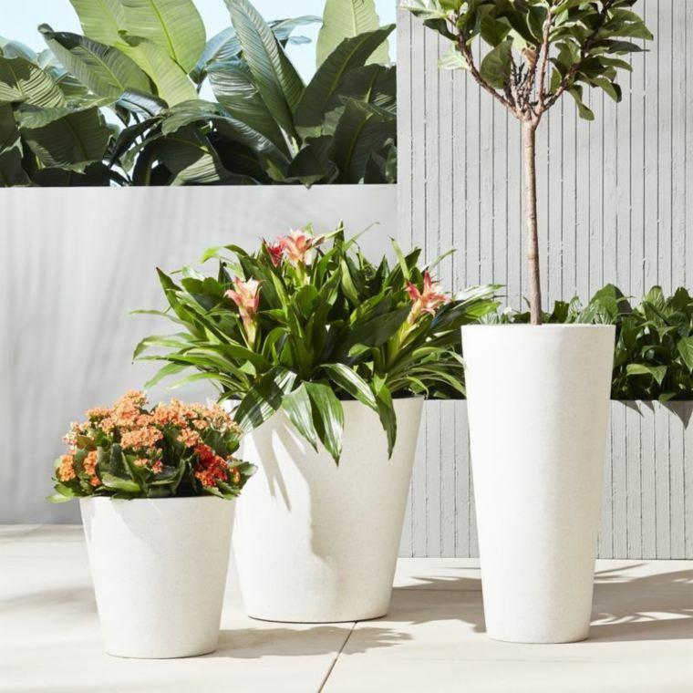 maceteros grandes-blanco-decorar-exterior