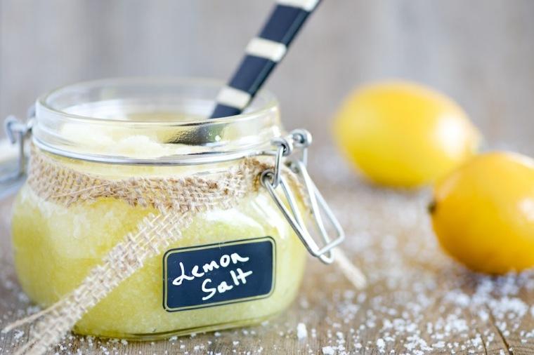 masaje exfoliante-mascarilla-casera-limon