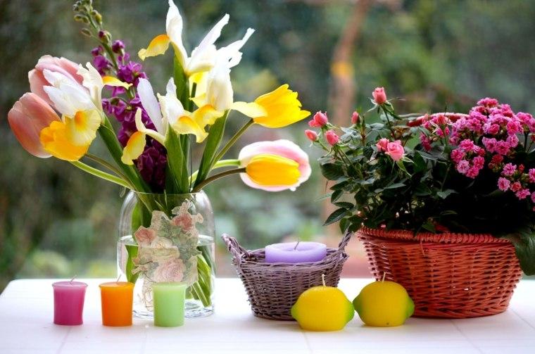 mesas de jardin-alegres-decoradas-velas