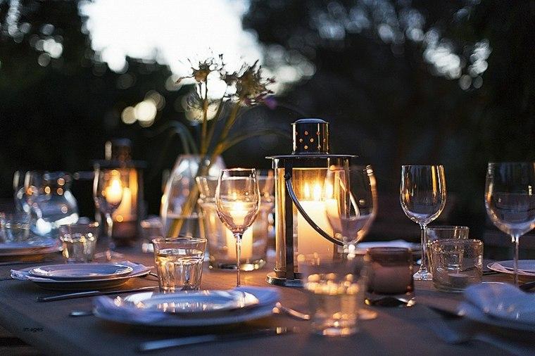 mesas de jardin-decoradas-velas