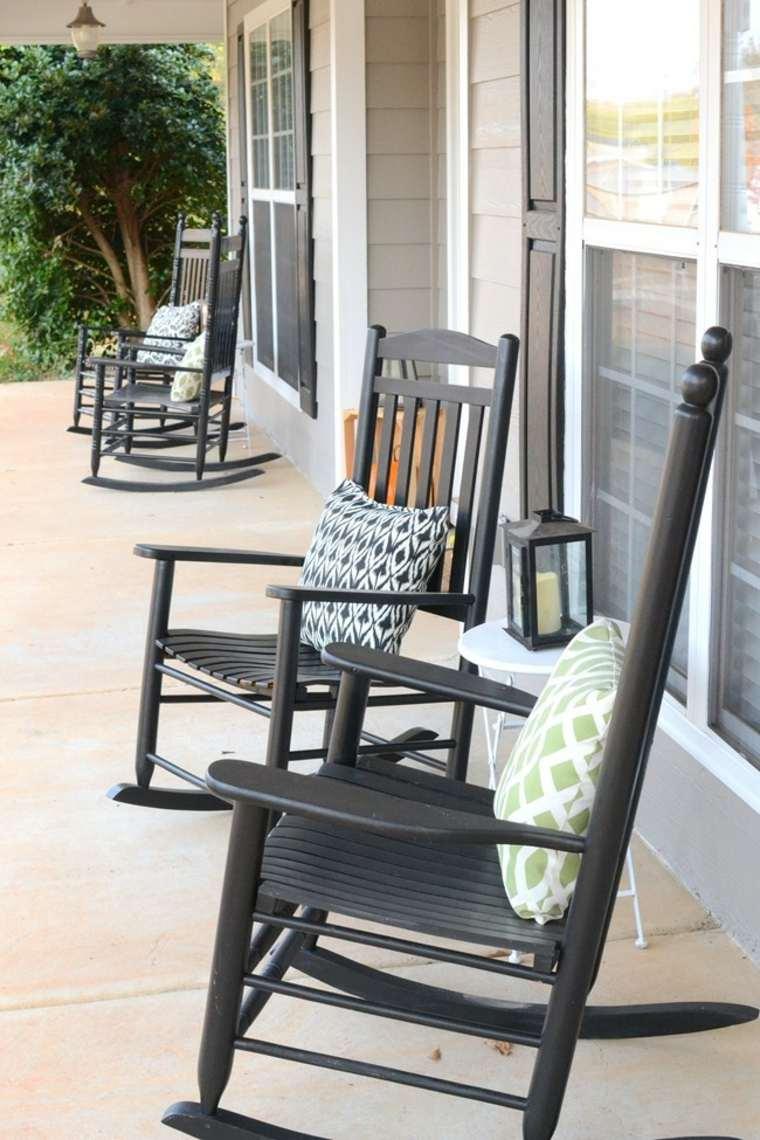 porche terraza con mecedoras