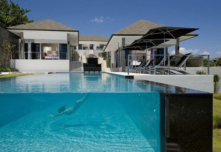 pared-de-cristal-piscina