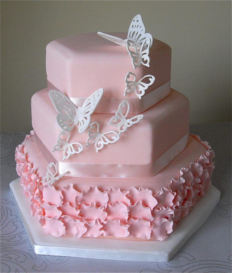 pastel-cumpleanos-color-rosa-mariposas-blancas