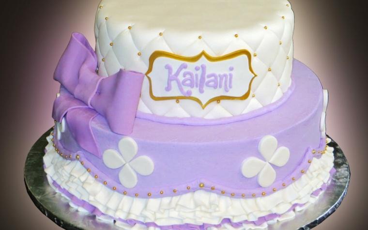 pastel-purpura-claro-blanco-lazo-cumpleanos-nina