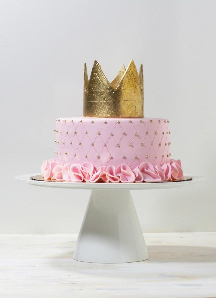 pasteles-para-ninas-color-rosa-decoracion-corona