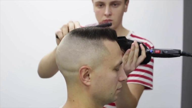 peinados cortos para hombres-modernos-flattop