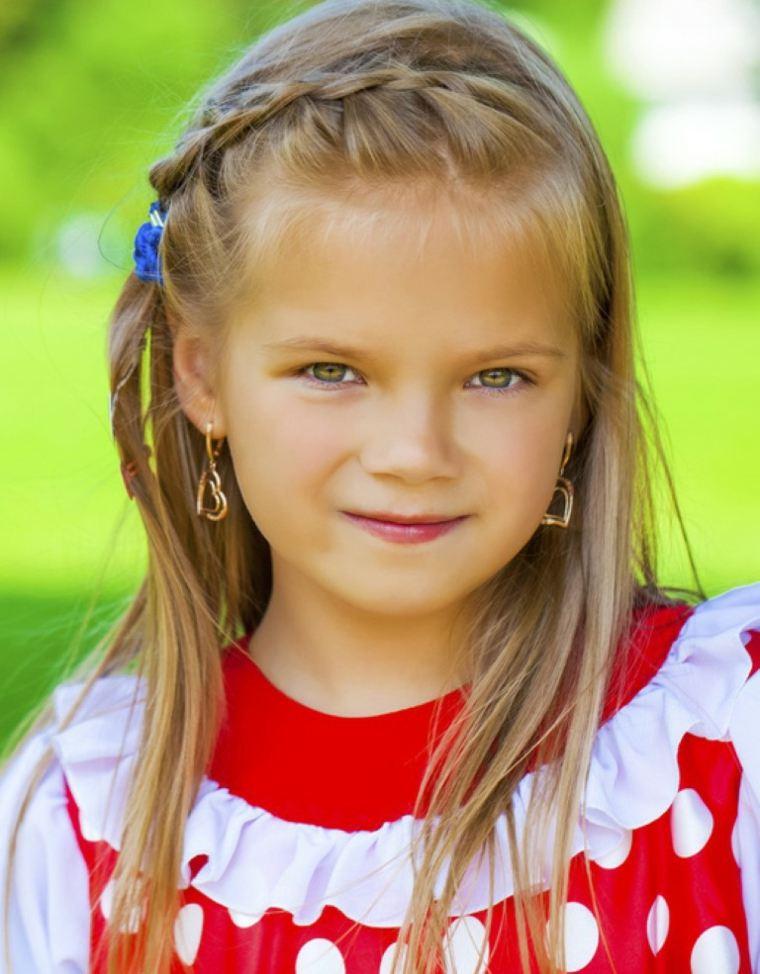 peinados faciles para niñas rojo