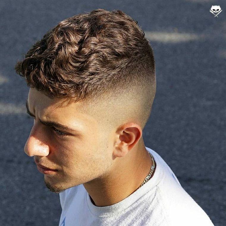 Corte de pelo corto para el pelo rizado