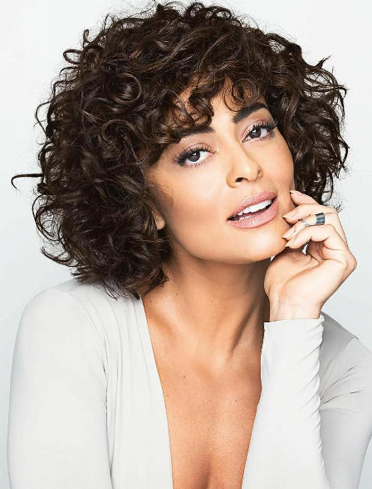 peinados para mujeres-elegantes-curl-bob