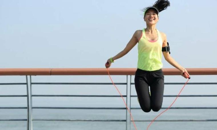 perder peso-ejercicios-saltar-cuerda