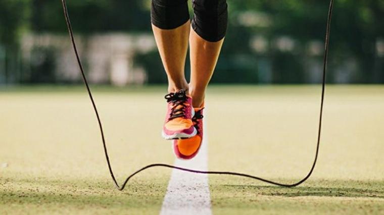 perder peso-saltando-cuerda