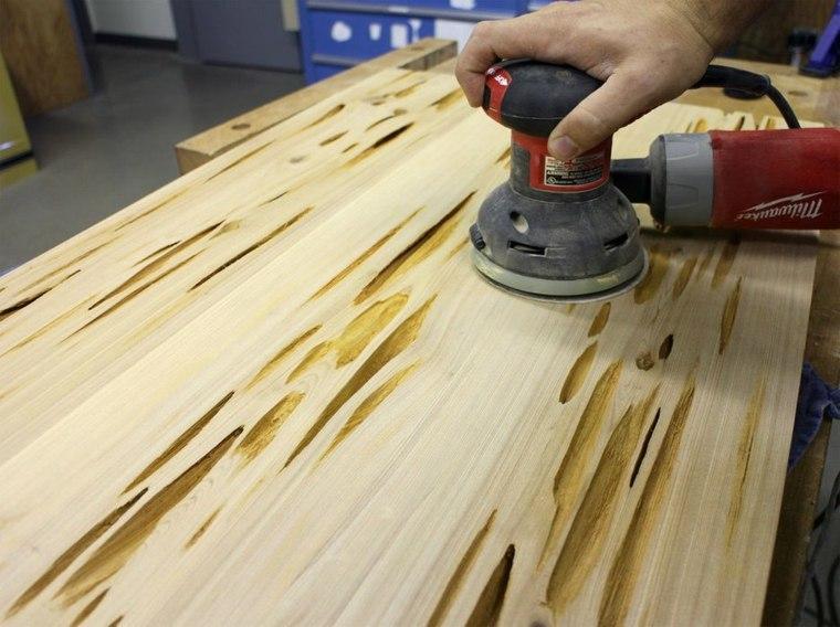 pulir la madera