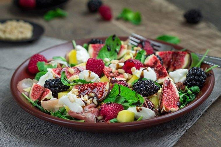 recetas de ensaladas fáciles primavera-frutas