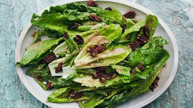 recetas-de-ensaladas-faciles-primavera-lechuga-guisantes