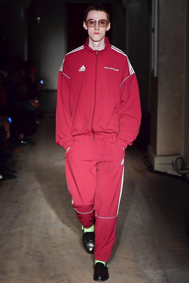 ropa-casual-para-hombre-colores-atrevidos-hombres-modernos