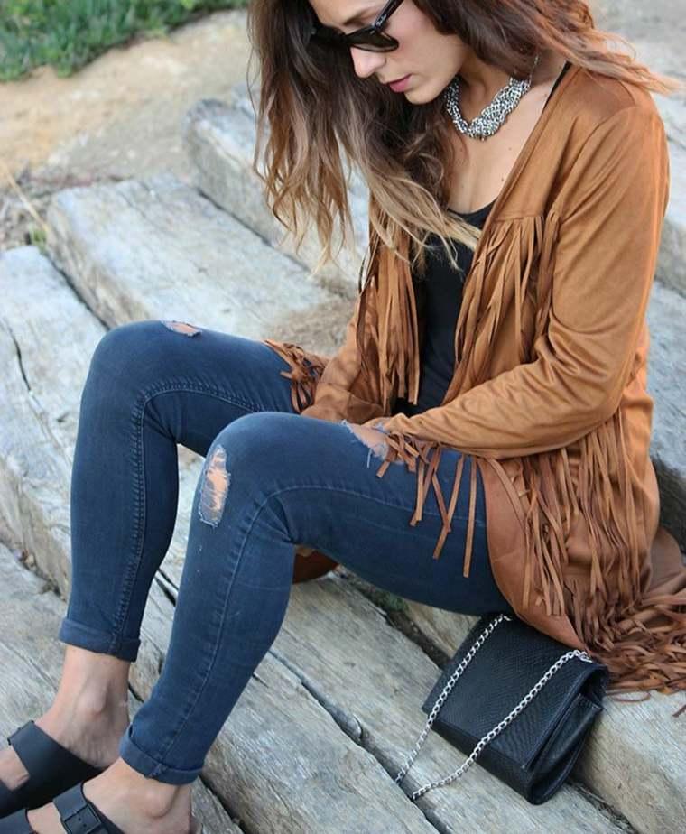 ropa de mujer-flecos-estilo-casual