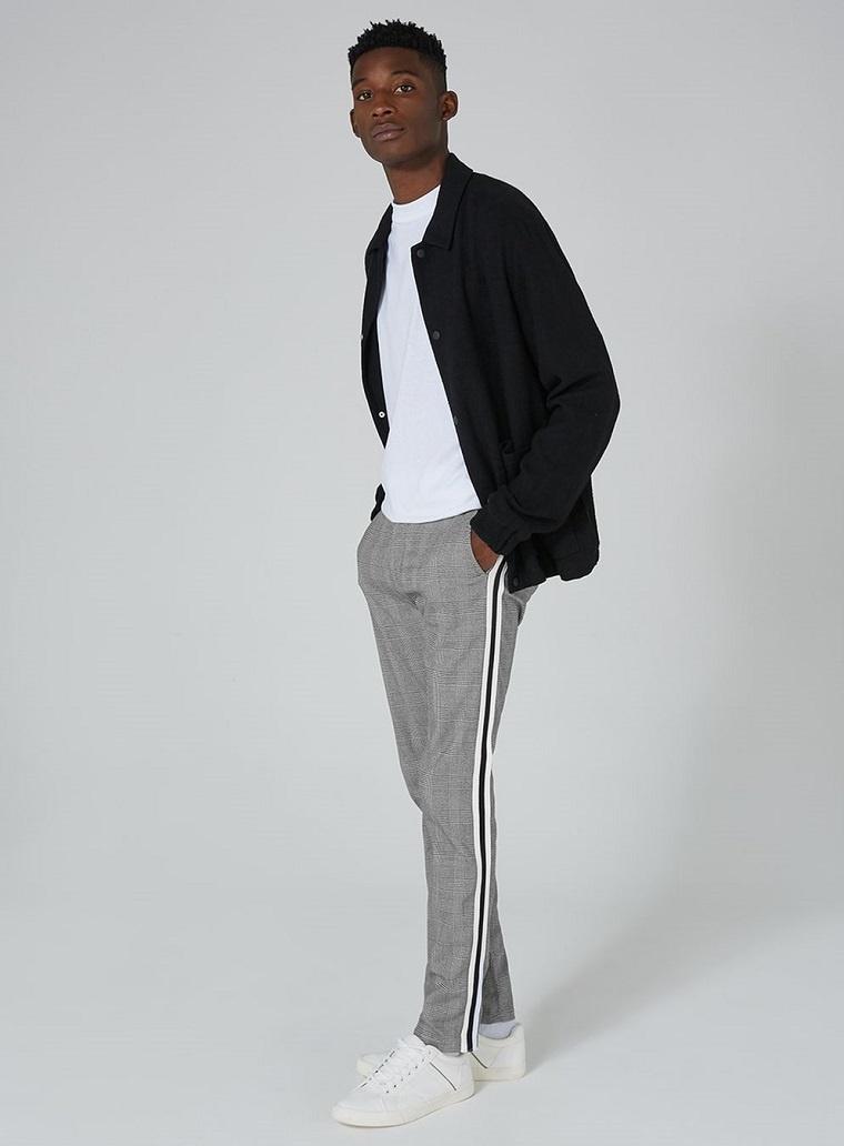 ropa-para-hombre-mejores-disenos-2018-rayas-laterales-pantalon-gris