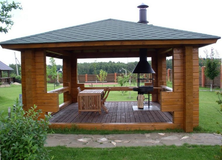terrazas de madera-clasicas-pergolas-jardin