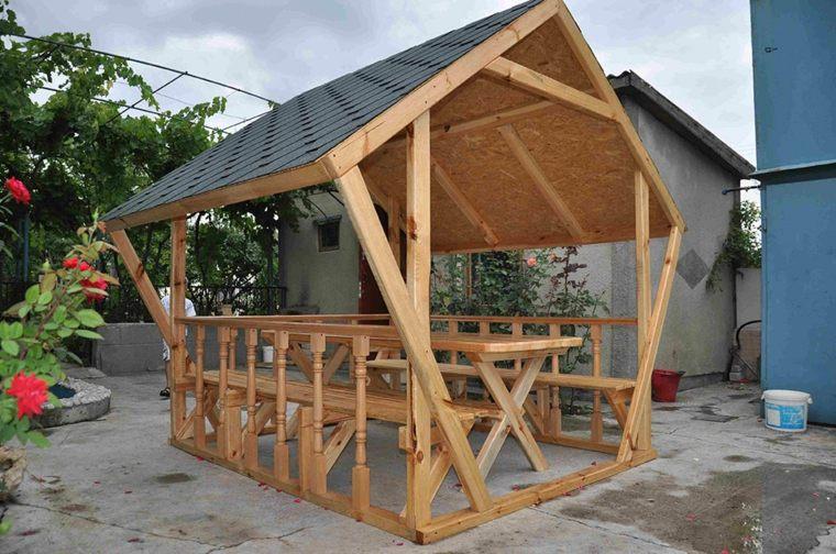 terrazas de madera-jardines-clasicos