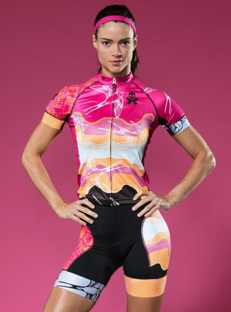 Uniformes de ciclismo de diseño para mujer, tendencias para el 2018 -