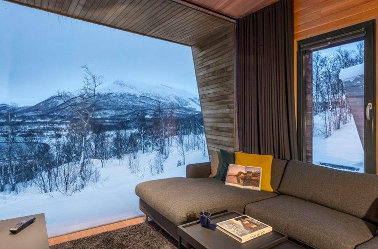 vista-paisaje-nevado-ventana
