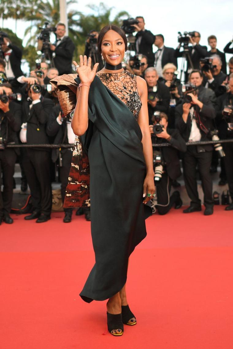 2018-festival-cine-Naomi-Campbell-vestido-Poiret
