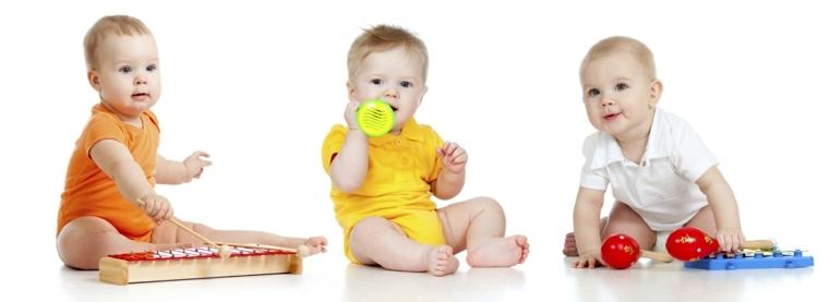 bebés-tocando-a-instrumentos