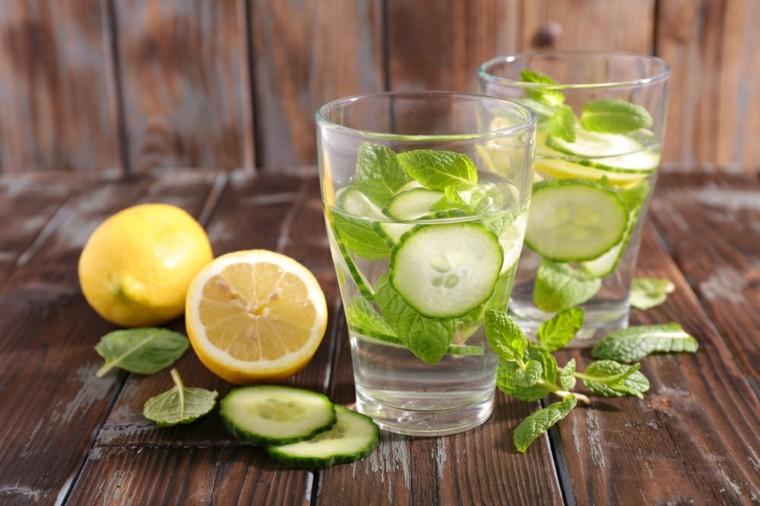 bebidas alcoholicas preparadas-casa-agua-pepino