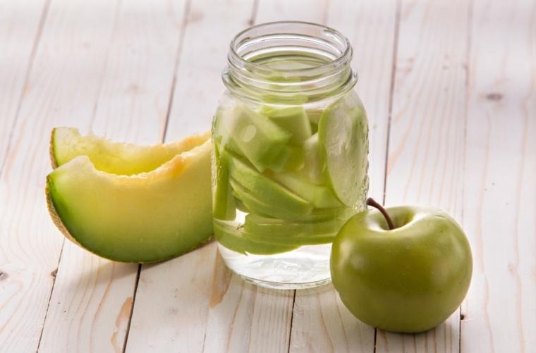 bebidas no alcoholicas-verano-manzana