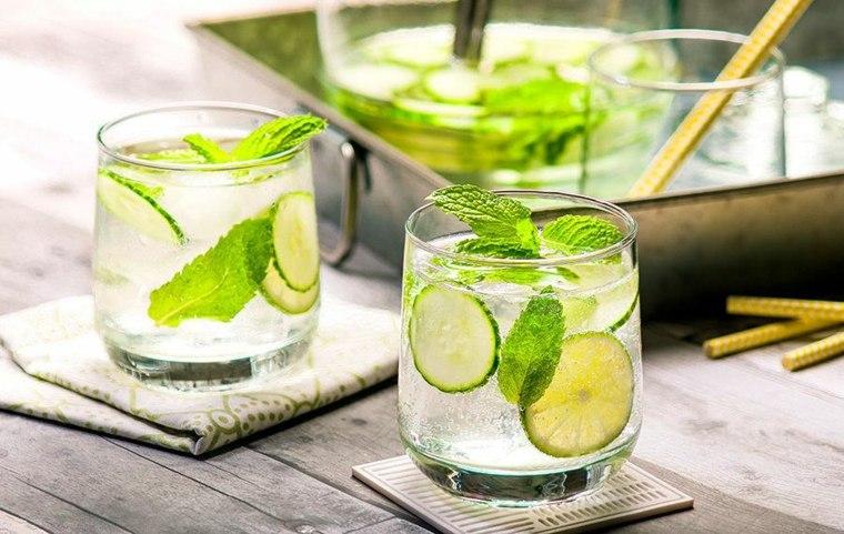 bebidas sin alcohol-verano-agua-pepino