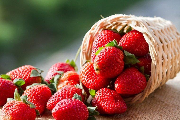 blanquear-dientes-fresas-comidas-saludables-ideas