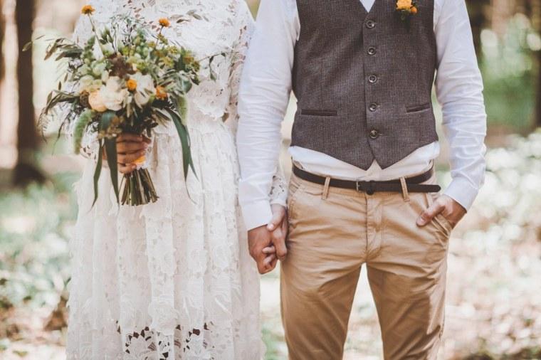 boda-novia-novio-estilo-bohemio