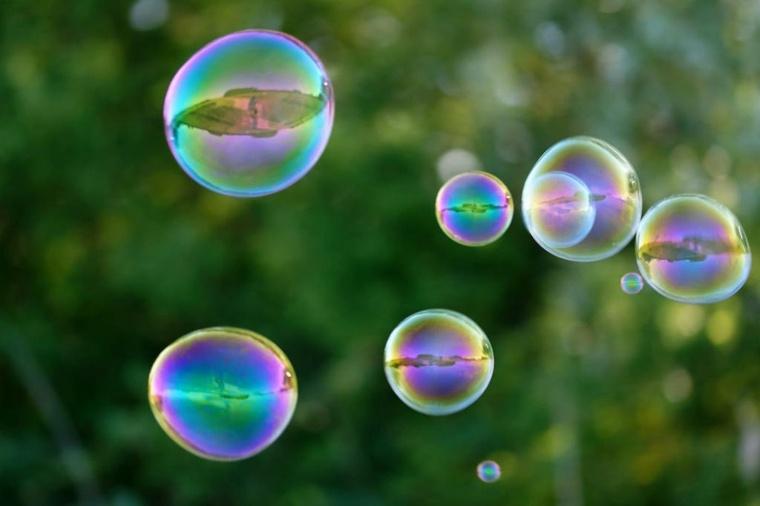 burbujas-de-jabón-en-el-aire