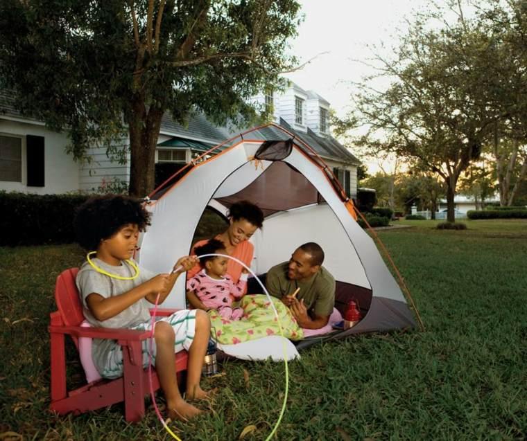 camping en-el-jardín
