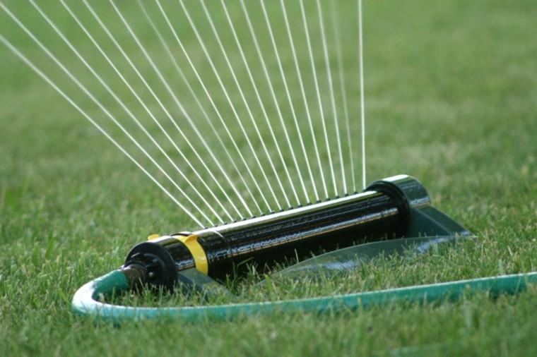 lawn importance-irrigation-maintenance
